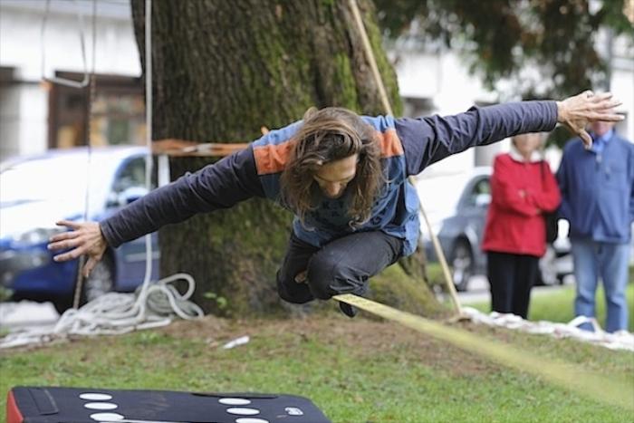 Una manifestazione di slackline (T. Zampieri - Tiellephoto.it)
