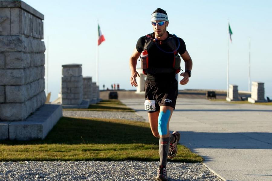 Thomas Lorenzi durante una gara di Ultra Trail