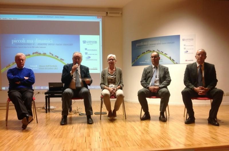 Incontro riunione dibattito Confindustria Belluno Dolomiti