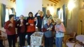 Comitato Alpago e Panificio Sapori di Pane donano 300 panettoni alle case di riposo