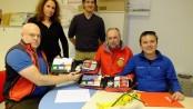 Dolomiti Emergency dona due defibrillatori per training al Soccorso alpino