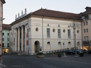Il teatro comunale in piazza Martiri a Belluno