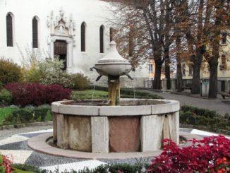 Fontana Belluno piazza Santo Stefano